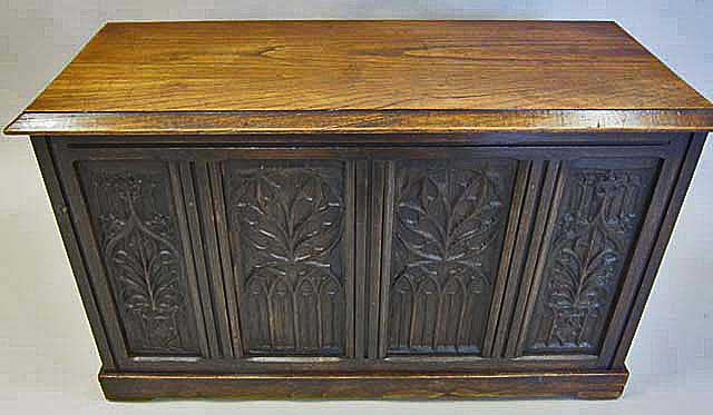 Gothic chest in Flamboyant Style