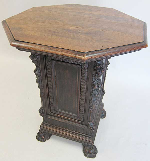 Small Table In Fontainebleau Design
