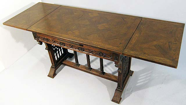 small gothic table extending with parquet top
